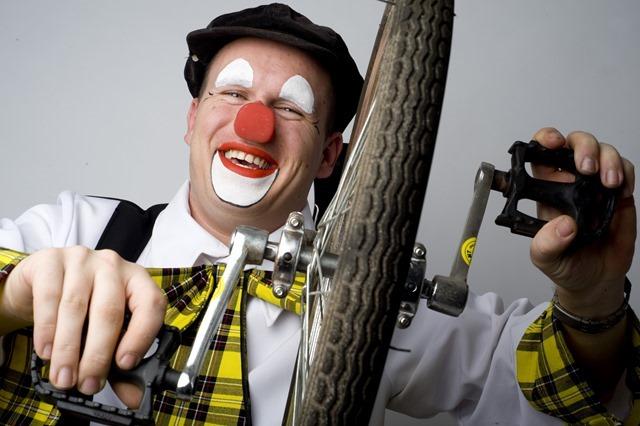 VEENDAM - Clowne dag