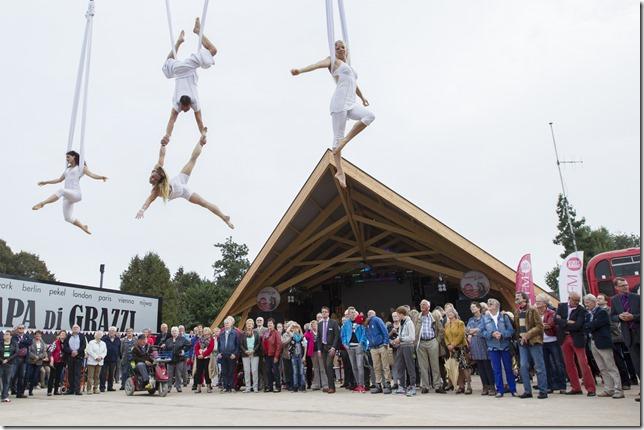 Opening Willem Diemerplein Musselkanaal