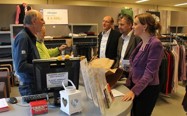 SAPPEMEER  - CU bezoek kledingbank Maxima
