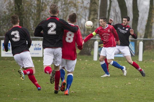 Amateurvoetbal: VV Bellingwolde - VV Wildervank