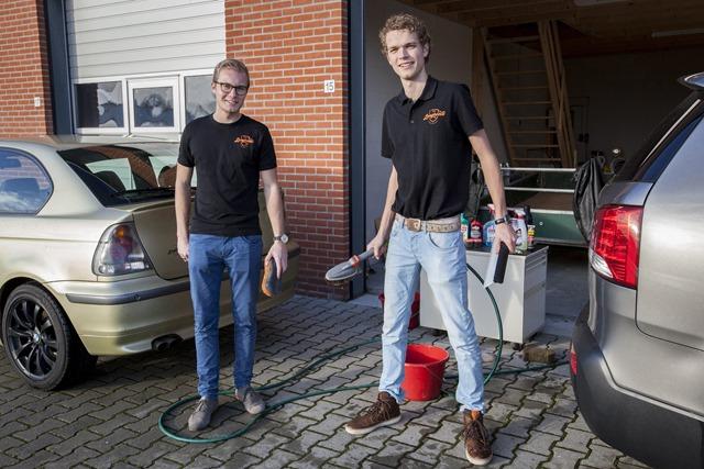 WINSCHOTEN - Lars Derksen en Rutger Korte