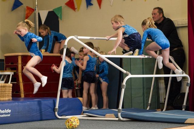 Uitvoering gymnastiekvereniging SSS Sellingen