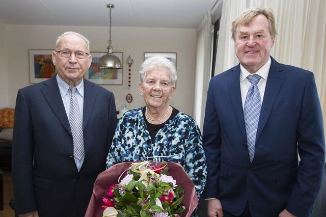 VEENDAM - Echtpaar Visser 60 jaar getrouwd