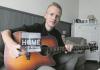 Singer/songwriter Lars Koehoorn uit Winschoten