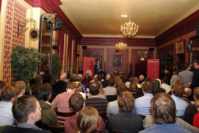 GRONINGEN - Minister Dijsselbloem PvdA bijeenkomst