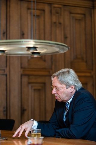 Groningen burgemeester Peter den Oudsten-13