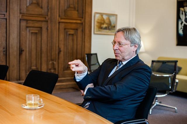 Groningen burgemeester Peter den Oudsten-17