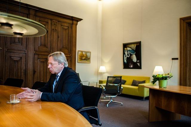 Groningen burgemeester Peter den Oudsten-20