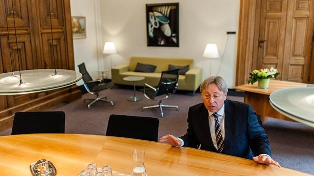 Groningen burgemeester Peter den Oudsten-23