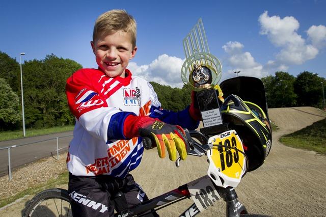 Nederlands Kampioen Fietscross Flying Birds Winschoten