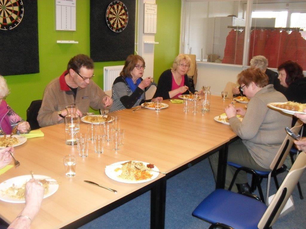 Nieuwe keuken buurtcentrum maarsstee feestelijk geopend groot groningen - Keukenplan op de eetkamer geopend ...