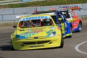 De races in de National Hotrods, zeer close racing