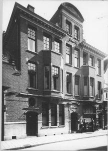 Zwanestraat 6-8 G Plaat 1919