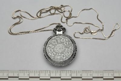 horloge-1-achterkant